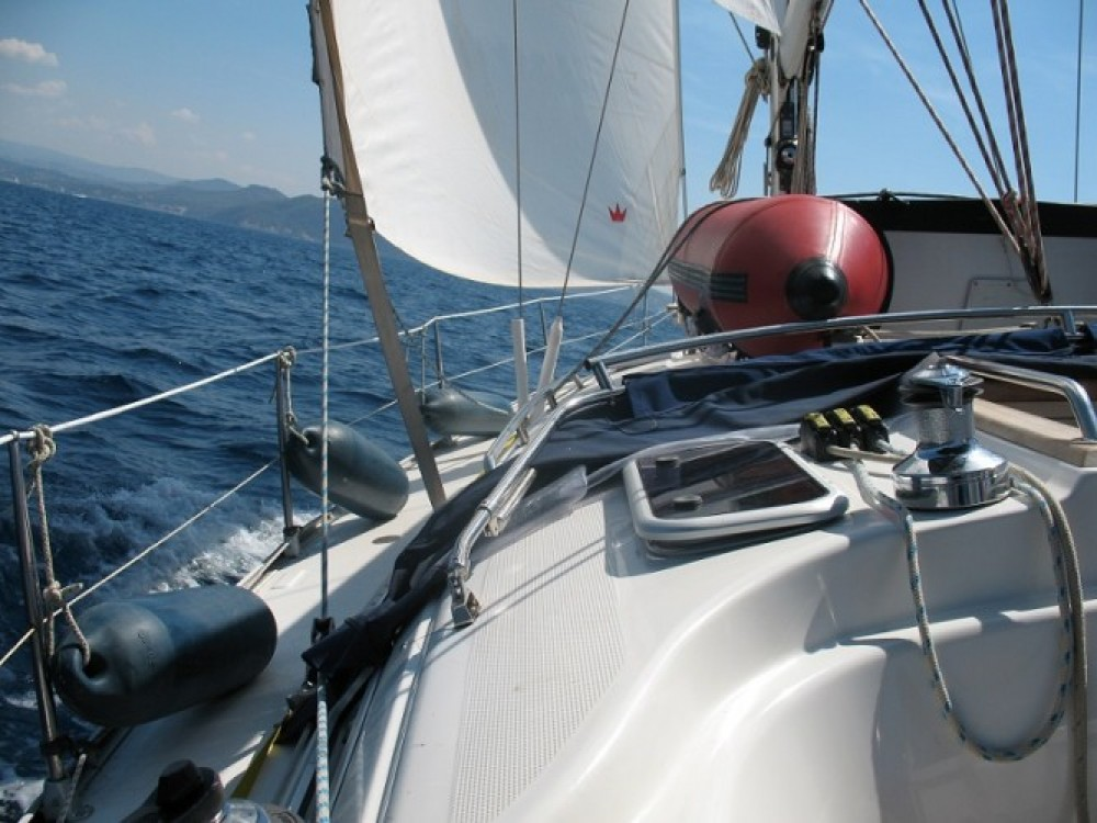 Jachthuur in Port Grimaud - Bavaria Cruiser 38 via SamBoat