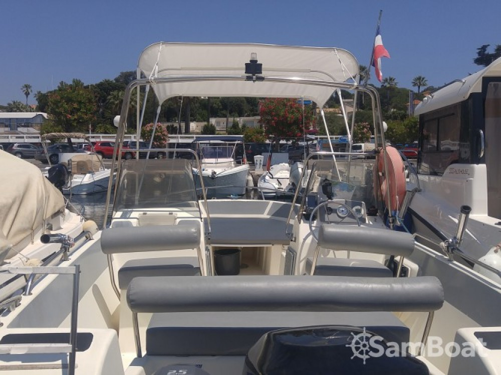 Ultramar OPEN 570 tra personale e professionale Antibes