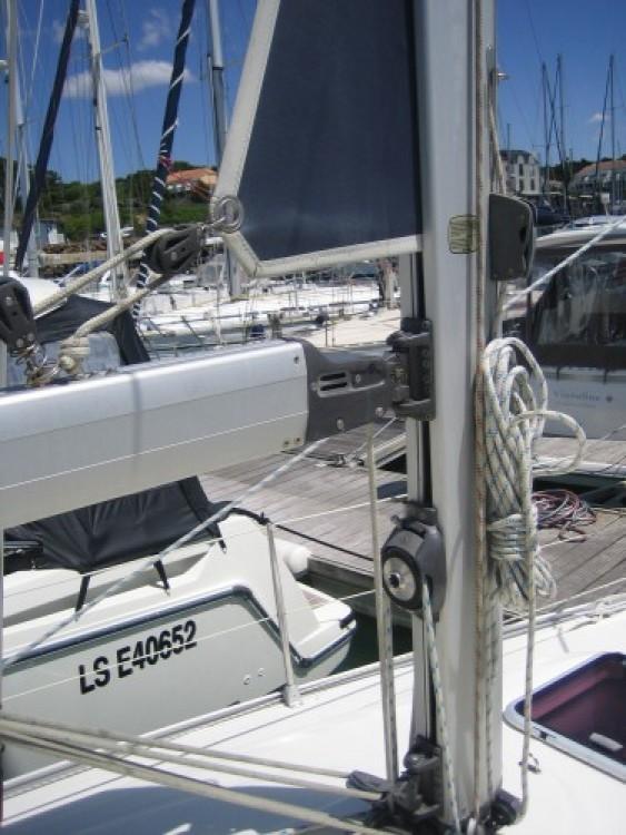 Louez un Bavaria Bavaria 30 Cruiser à La Rochelle