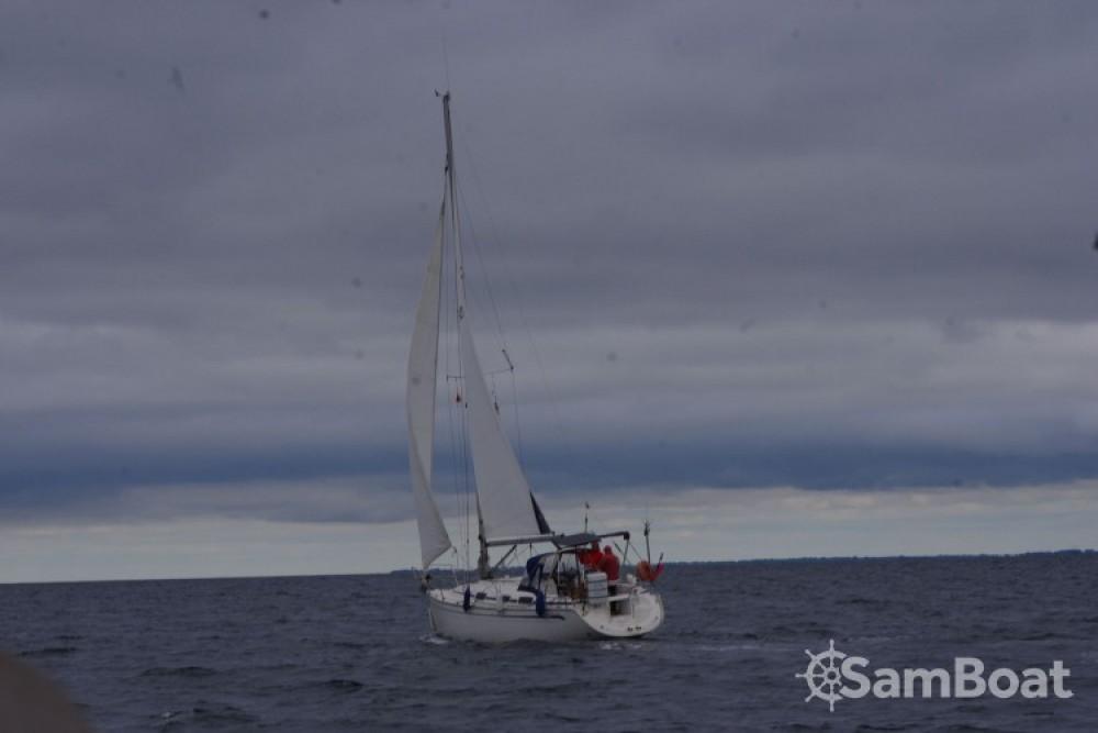 Location bateau La Rochelle pas cher Bavaria 30 Cruiser