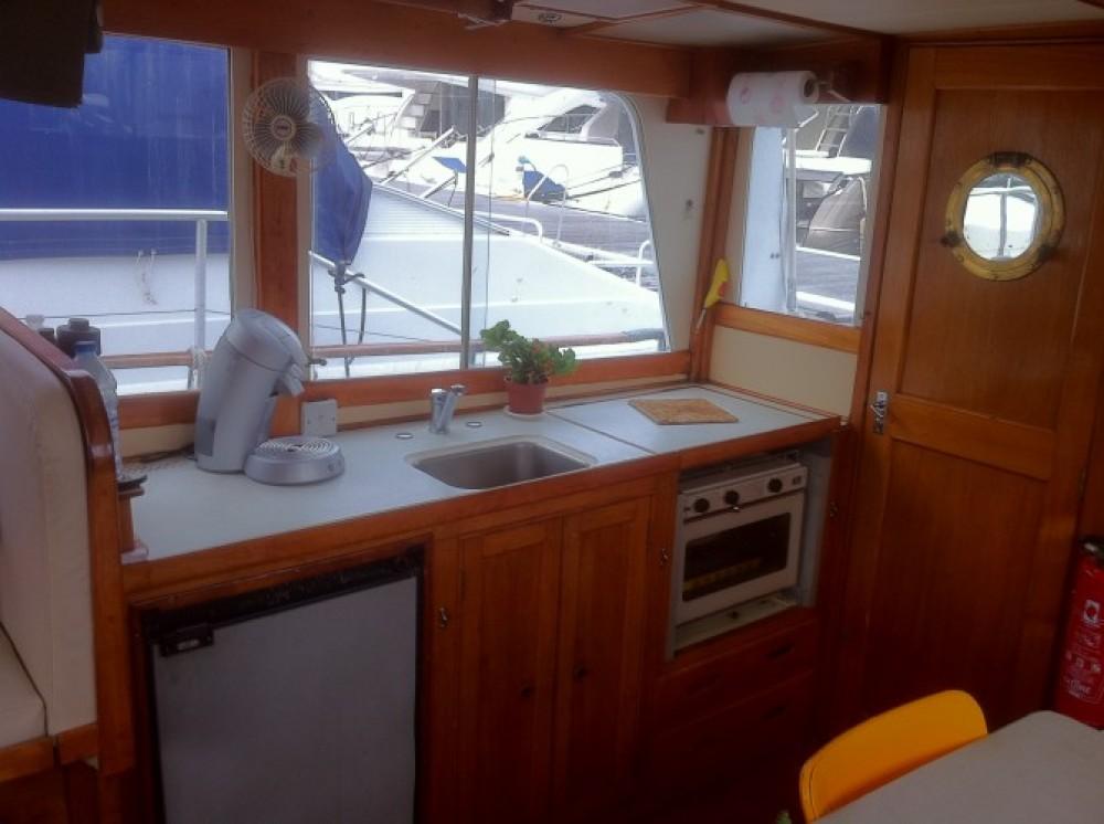 Bootsverleih Island Gypsy Island Gypsy 36 Villeneuve-Loubet Samboat
