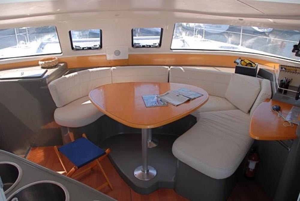 Verhuur Catamaran in Porto-Vecchio - Fountaine Pajot Lavezzi 40