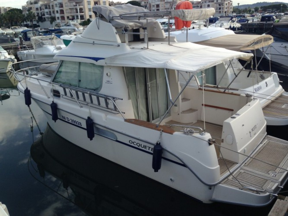 Motorboot mit oder ohne Skipper Ocqueteau mieten in Mandelieu-la-Napoule