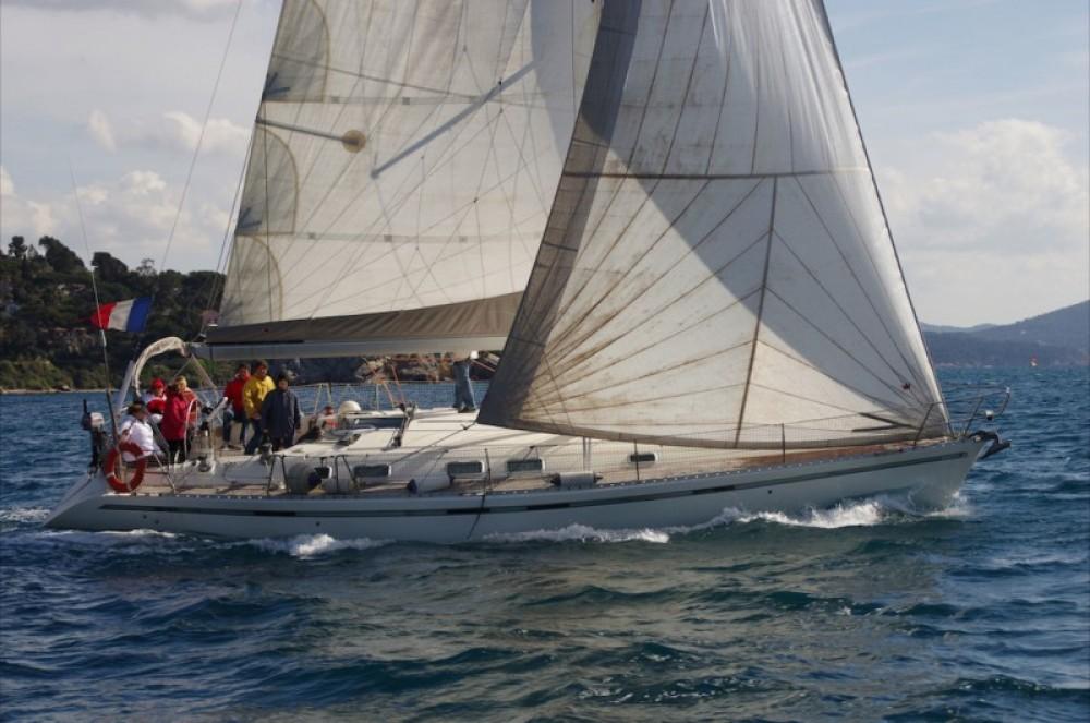 Location bateau Bénéteau First 45 F5 à Toulon sur Samboat