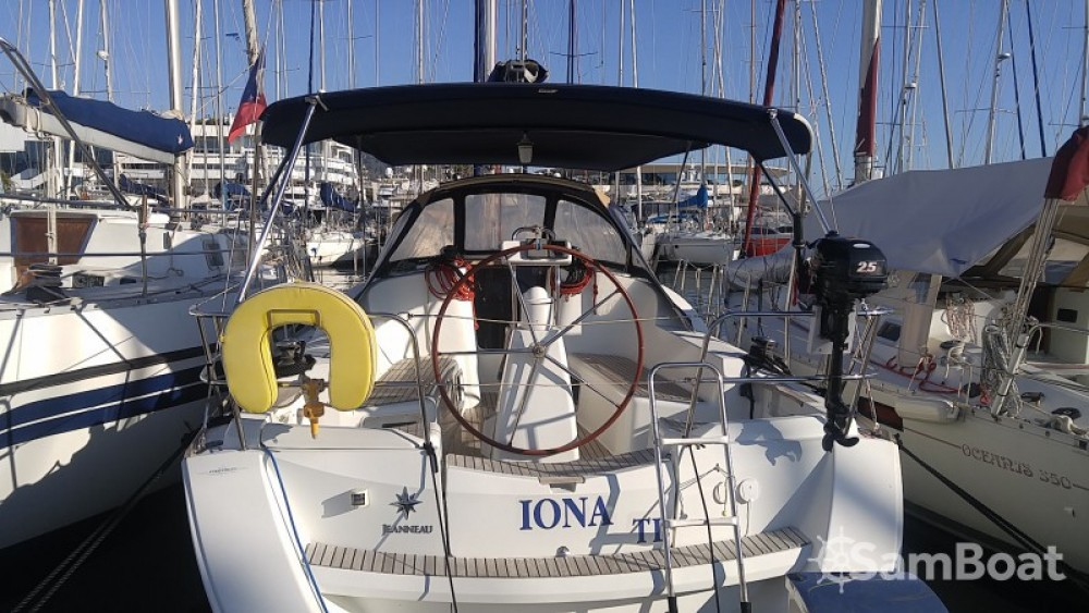 Yacht-Charter in Cannes - Jeanneau Sun Odyssey 36i auf SamBoat
