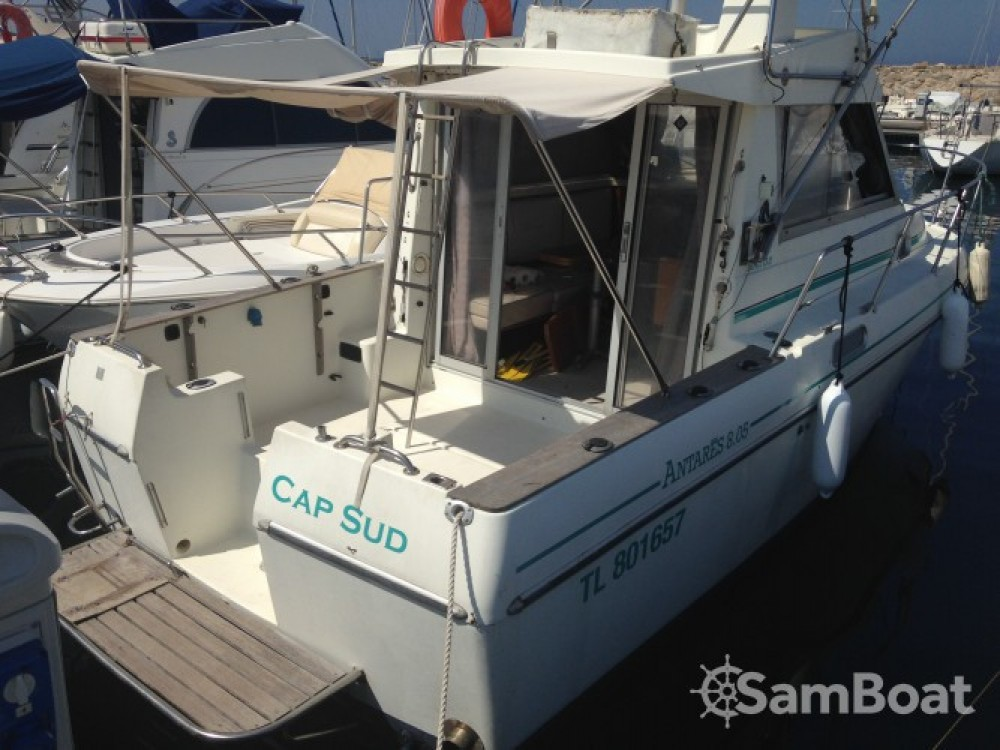 Location bateau Bénéteau Antares 805 Fly à Six-Fours-les-Plages sur Samboat