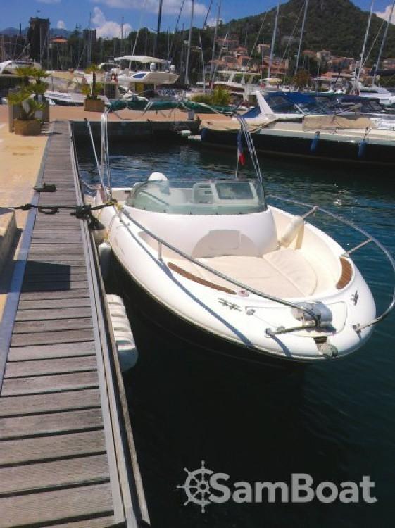 Motorboot mit oder ohne Skipper Jeanneau mieten in Mandelieu-la-Napoule