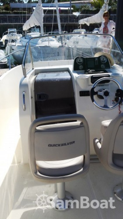 Hire Motor boat with or without skipper Quicksilver Lège-Cap-Ferret