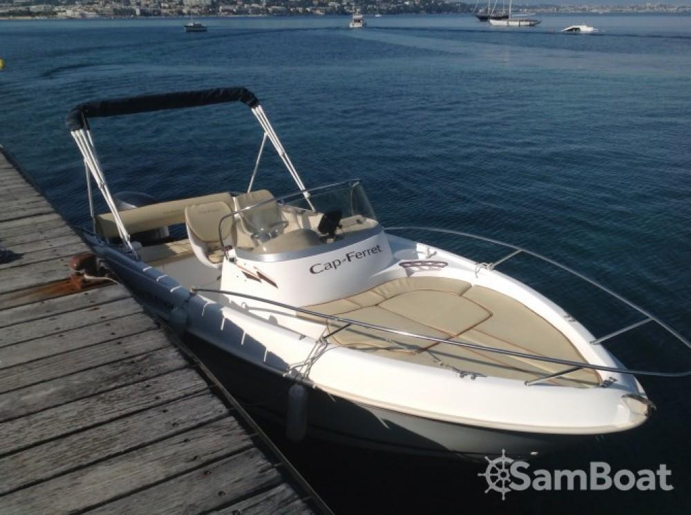 Louez un B2 Marine Cap Ferret 552 Open Swing à Cannes