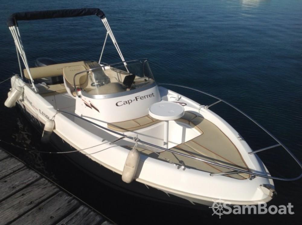 Location bateau Cannes pas cher Cap Ferret 552 Open Swing