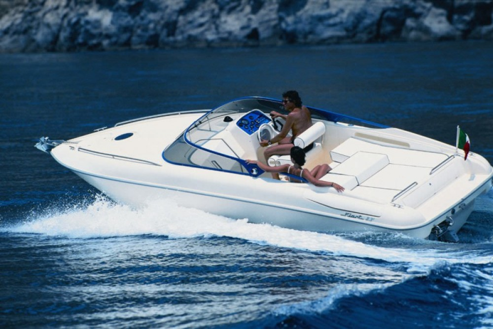 Fiart Fiart 23 Sport te huur van particulier of professional in Cannes