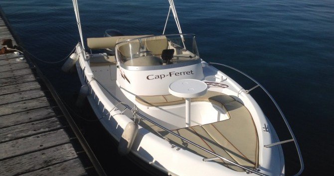 B2 Marine Cap Ferret 552 Open Swing between personal and professional Cannes