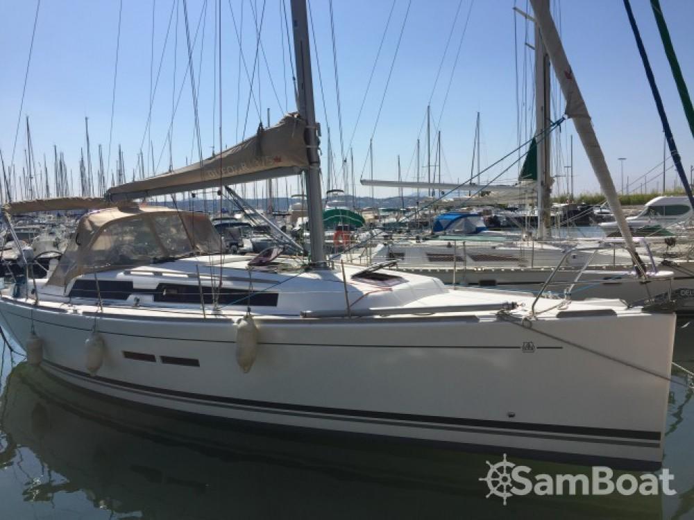 Location bateau Dufour Dufour 375 à Sanary-sur-Mer sur Samboat