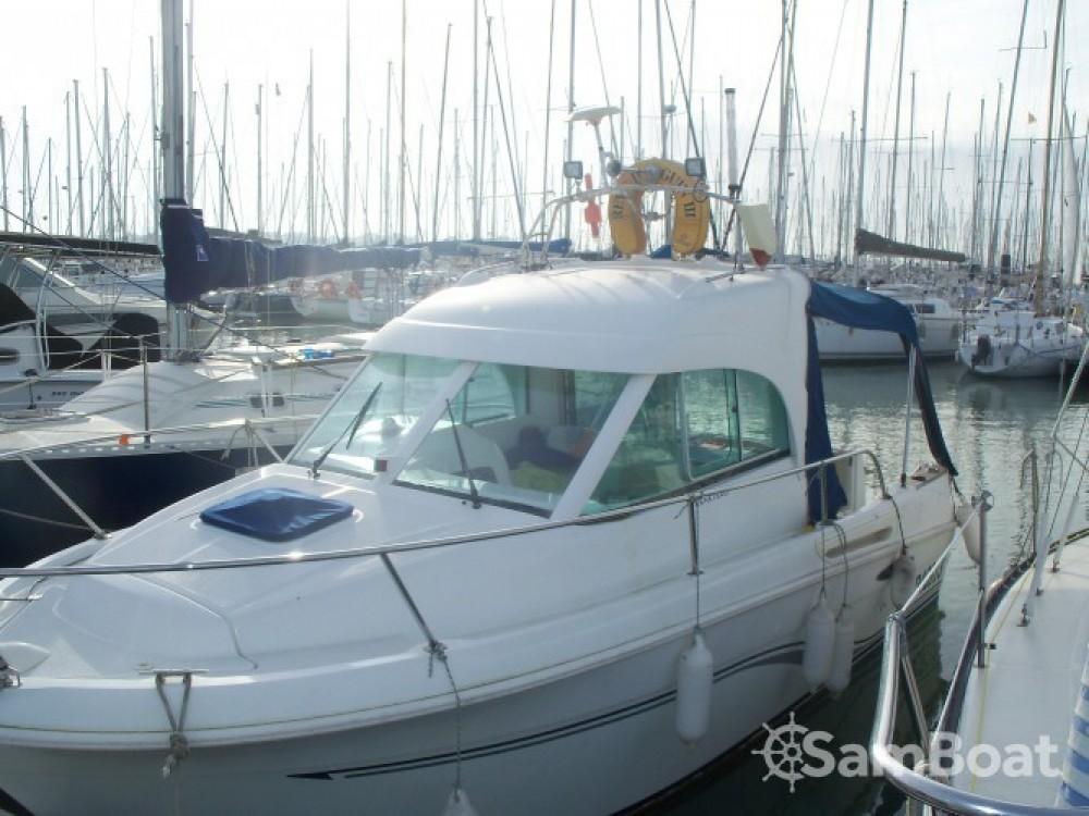 Huur Motorboot met of zonder schipper Bénéteau in La Rochelle