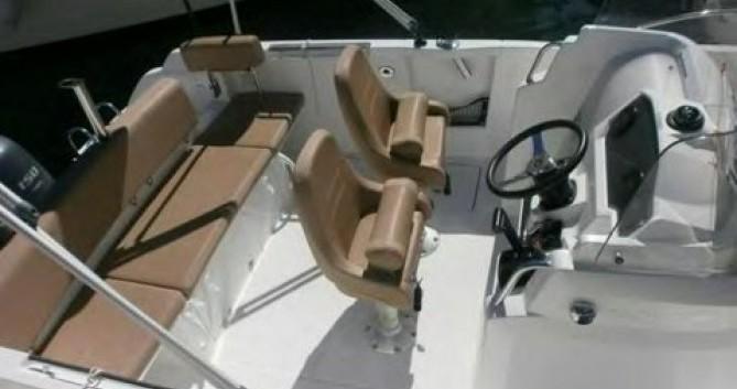 Louez un Jeanneau Cap Camarat 650 à Toulon