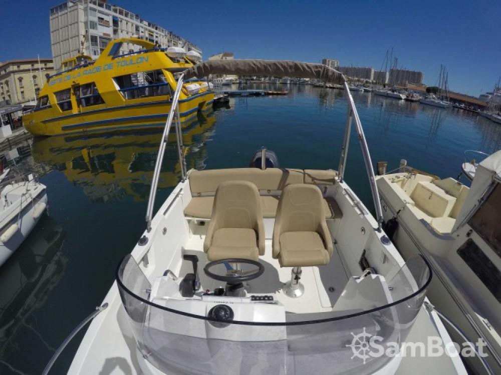 Noleggio barche Jeanneau Cap Camarat 650 Tolone su Samboat