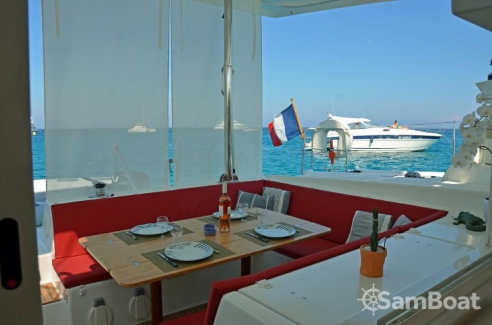 Alquiler de yate Port Grimaud - Lagoon Lagoon 420 en SamBoat
