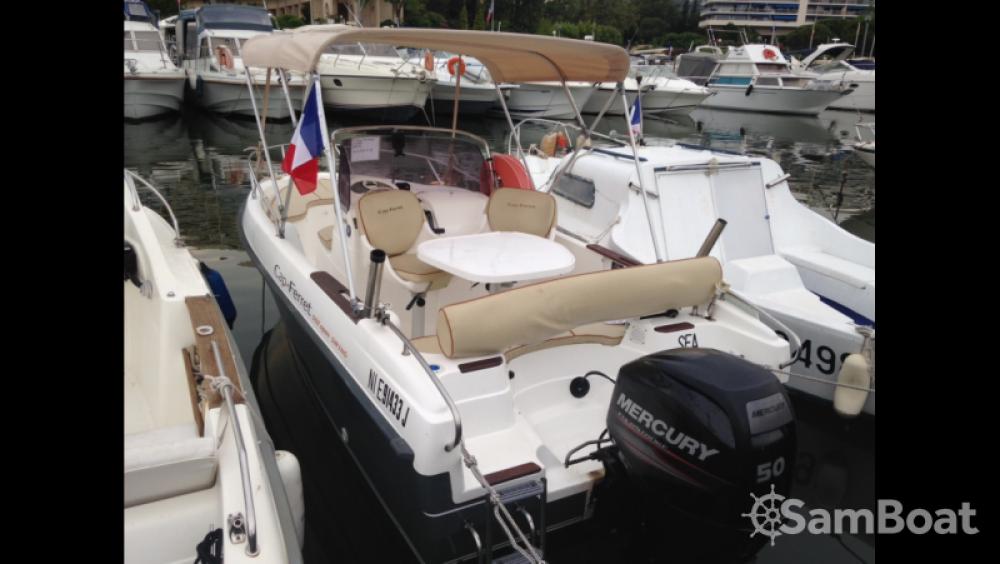 Huur een B2 Marine Cap Ferret 502 Open Swing in Mandelieu-la-Napoule