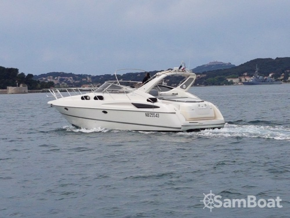 Motor boat for rent Toulon at the best price