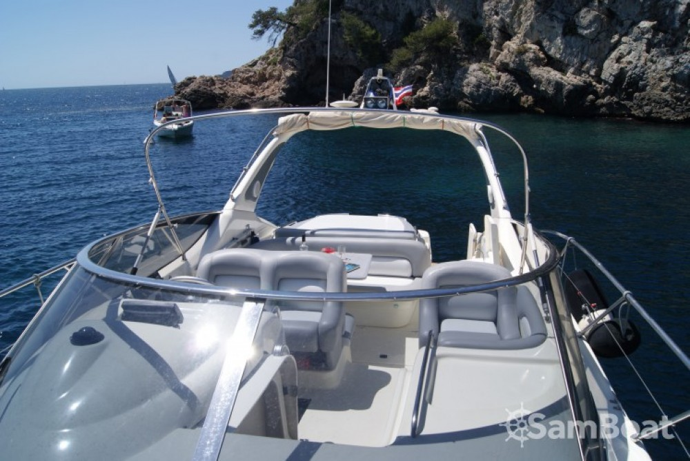Hire Motor boat with or without skipper Cranchi Toulon