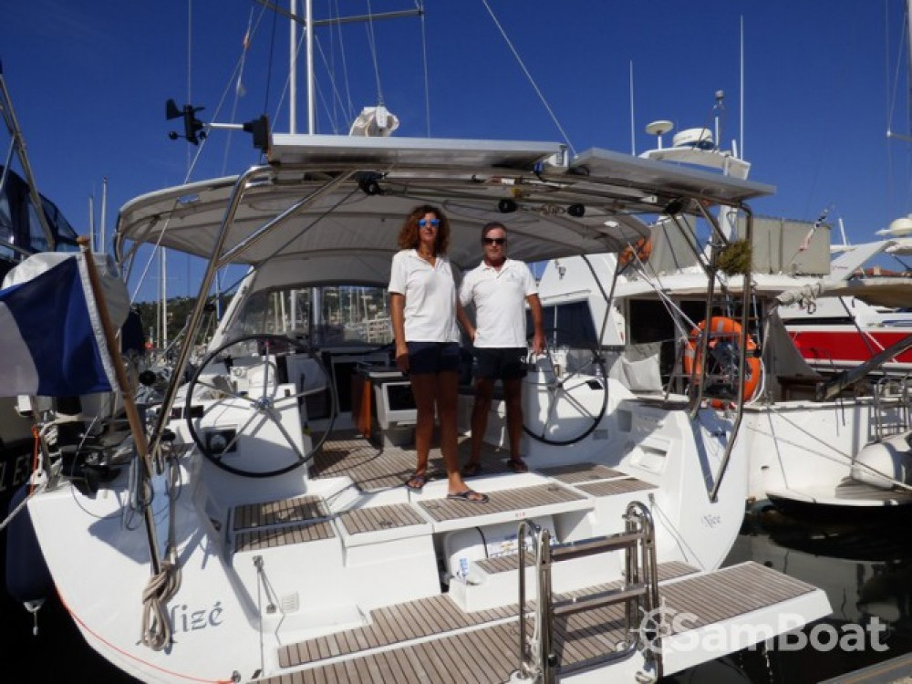 Sailboat for rent Golfe-Juan at the best price