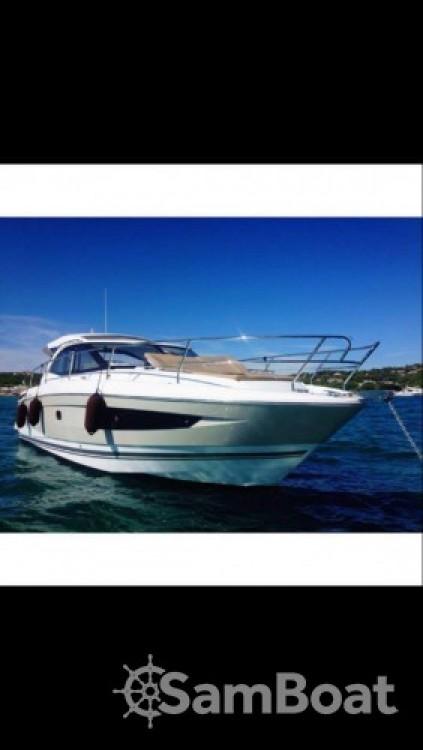 Boat rental Golfe-Juan cheap Leader36