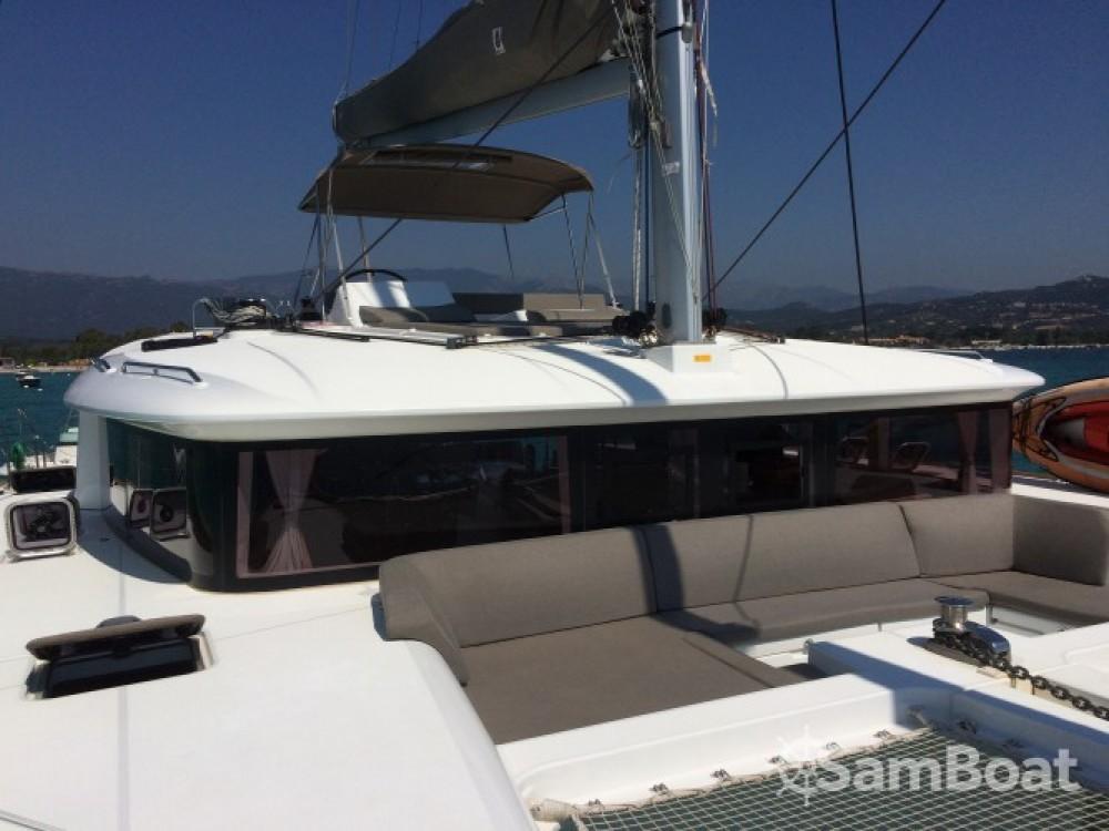 Bootverhuur Lagoon Lagoon 450 in Porto-Vecchio via SamBoat
