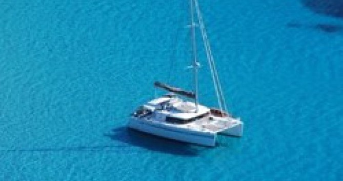 Location bateau Porto-Vecchio pas cher Lagoon 450