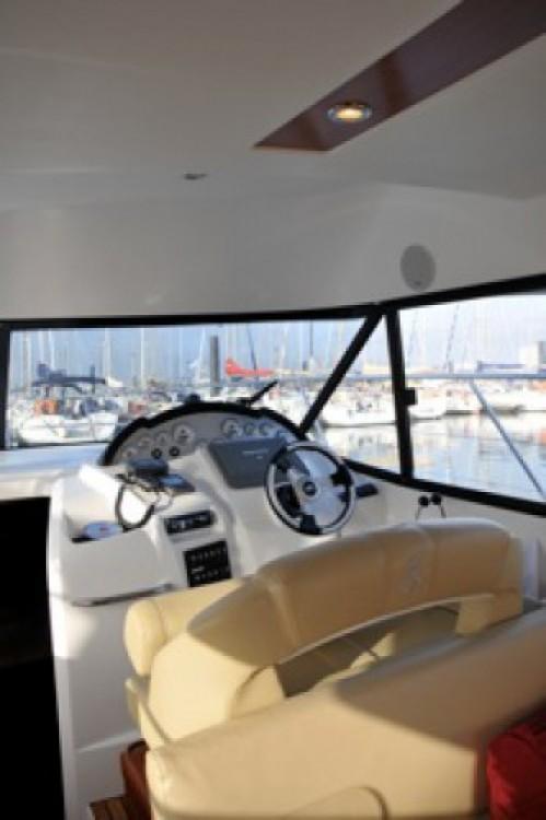 Bénéteau Antares 36 te huur van particulier of professional in La Rochelle