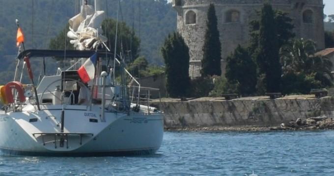 Location bateau Bénéteau First 456 à Hyères sur Samboat