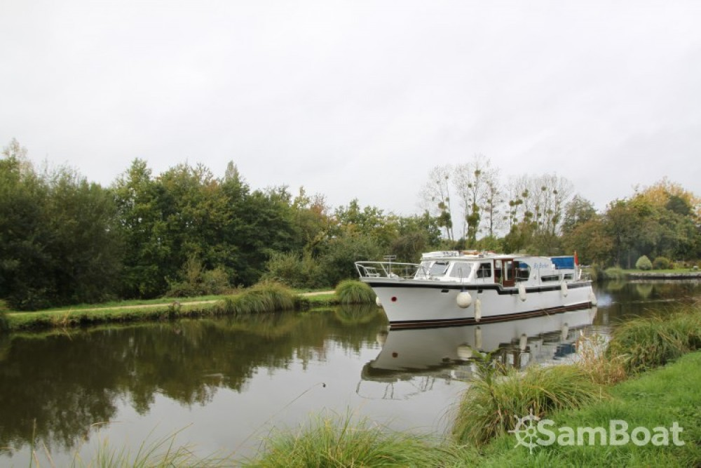 Boat rental Kompier Kruiser AK in Nantes on Samboat