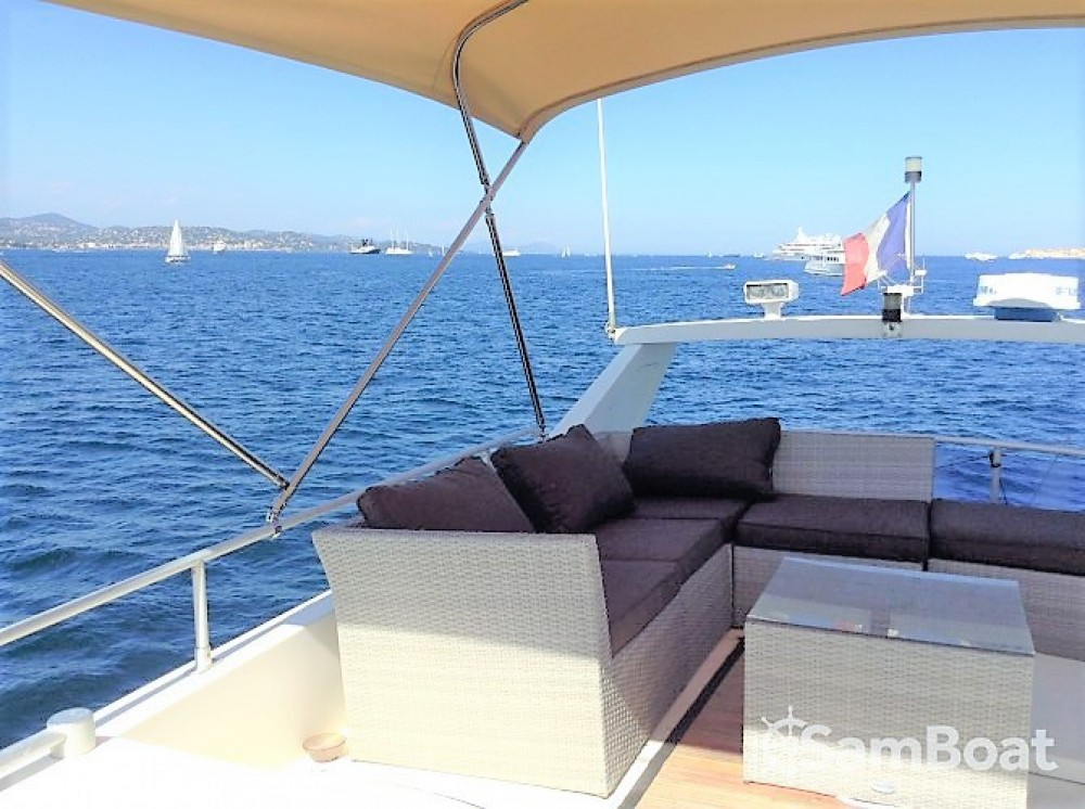 Yacht-Charter in Port Grimaud - Guy Couach Guy Couach 1601 Fly auf SamBoat