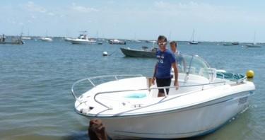 Location bateau L'Herbe pas cher Cap Camarat 625