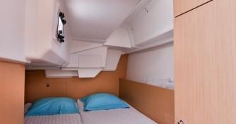 Location bateau Bénéteau Oceanis 35 à Les Sables-d'Olonne sur Samboat