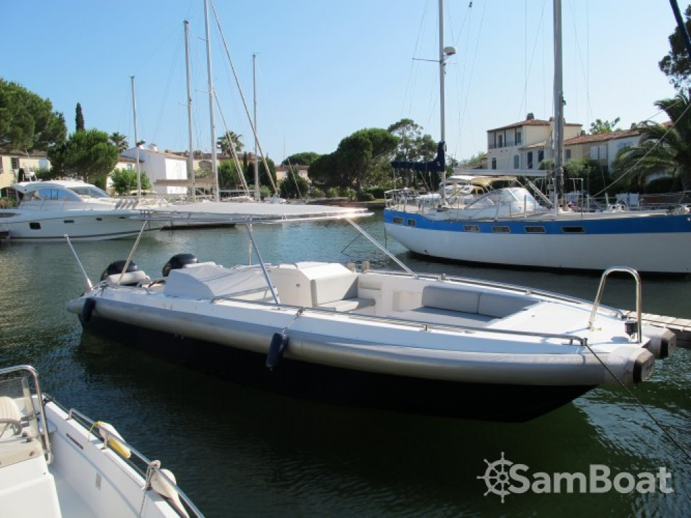 Location bateau Port Grimaud pas cher Catamaran