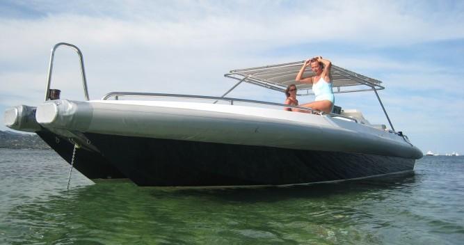 Louez un Ivela Catamaran à Port Grimaud