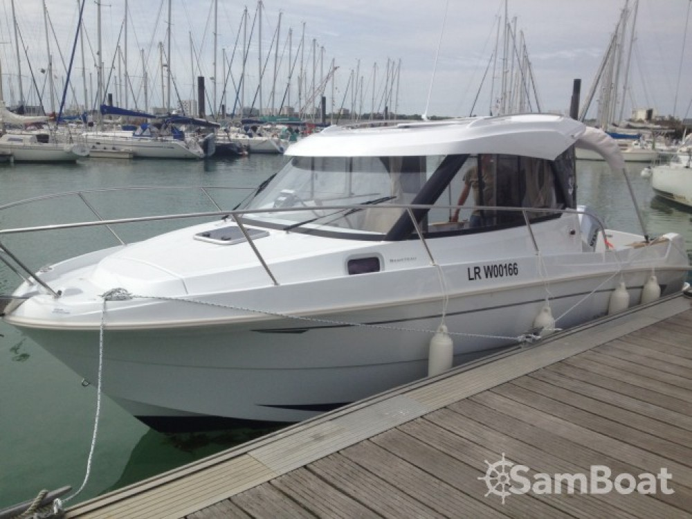 Bootsverleih Bénéteau Antares 780 HB  Samboat