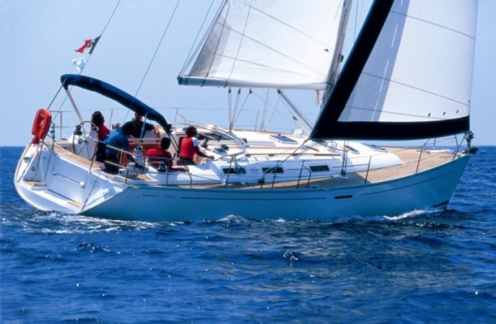 Location bateau Dufour Dufour 385 Grand Large à Les Sables-d'Olonne sur Samboat