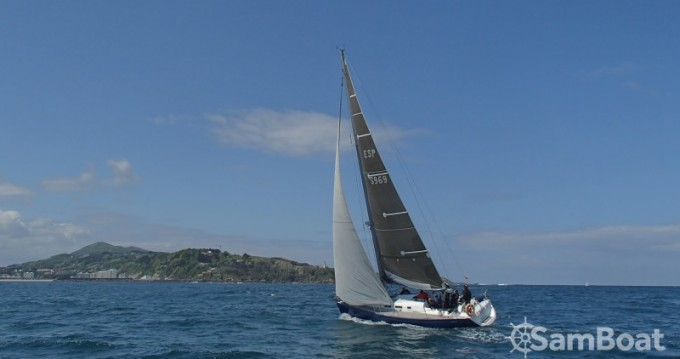 Rental Sailboat in San Sebastián - Bénéteau First 40.7