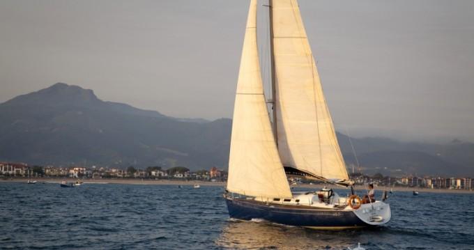 Boat rental San Sebastián cheap First 40.7