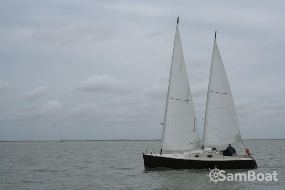 Chantier-Mer one off te huur van particulier of professional in La Rochelle