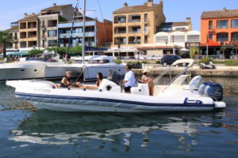 Boat rental Porto-Vecchio cheap Marlin Boat 298 Fb