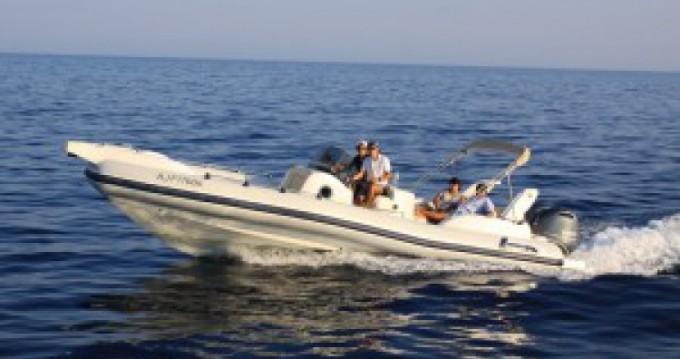 Louer Semi-rigide avec ou sans skipper Marlin Boat à Porto-Vecchio