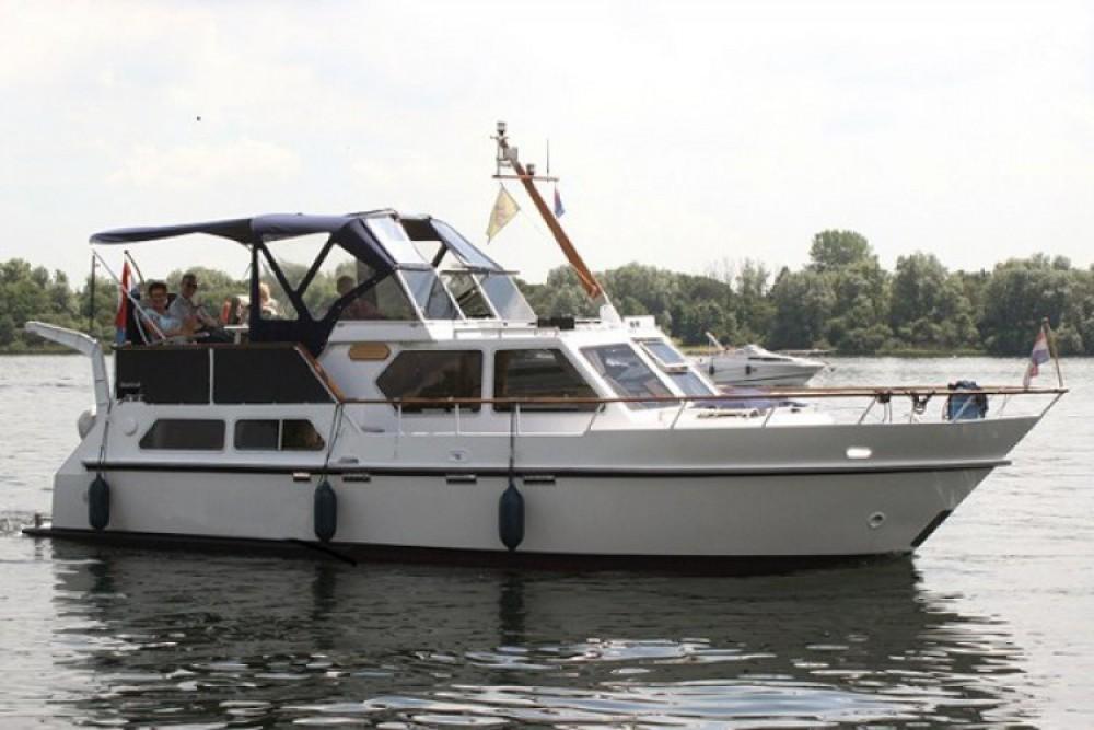 Alquiler de barcos Beach-Craft Vedette hollandaise enAmiens en Samboat