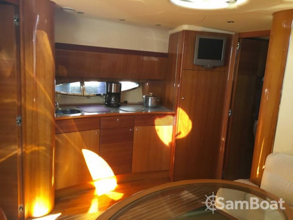 Gobbi Atlantis 42 entre particuliers et professionnel à Saint-Mandrier-sur-Mer