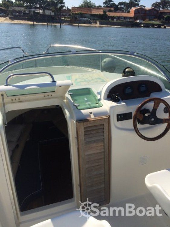 Rental yacht Lège-Cap-Ferret - Jeanneau Cap Camarat 625 WA on SamBoat
