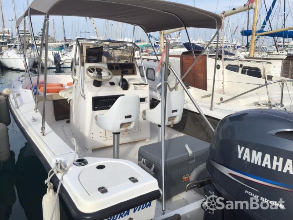 Location bateau Hillsboro-Marine Mako à Antibes sur Samboat