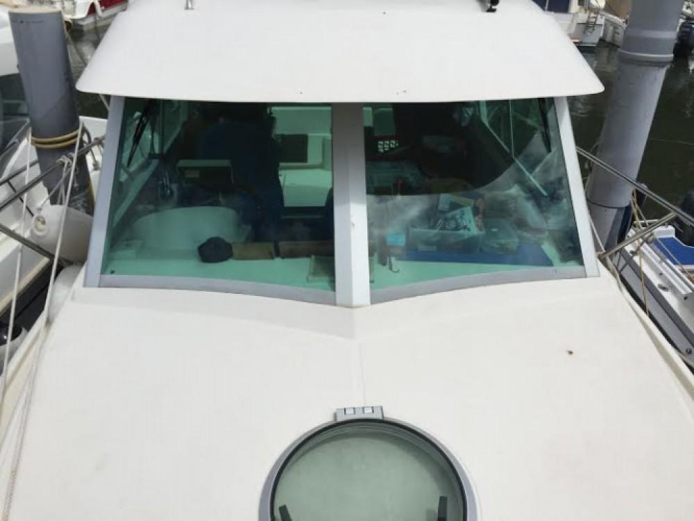 Louer Bateau à moteur avec ou sans skipper Ocqueteau à Mandelieu-la-Napoule