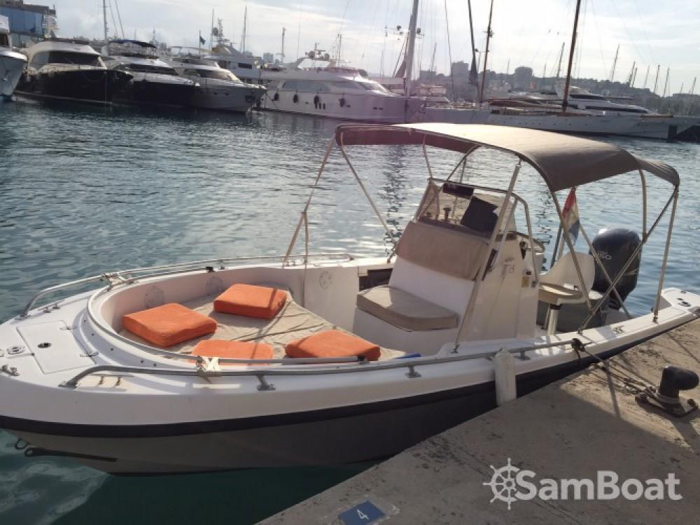Louez un Hillsboro-Marine Mako à Antibes
