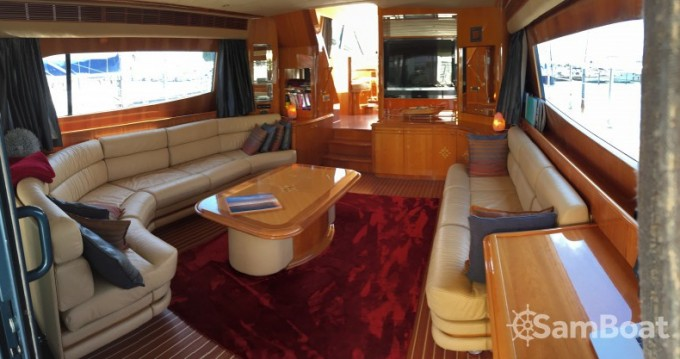 Louer Yacht avec ou sans skipper Guy Couach à Saint-Tropez